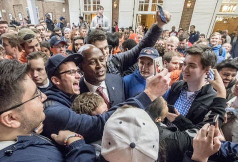 Hopeful fans swarm Lovie