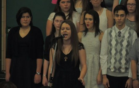 Catherine Hicks rocks it with her solo in Seasons of Love.